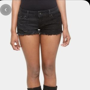 Hot topic  Lovesick  Denim and lace shorts
